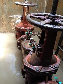 backflow-preventer-vault-flooded.jpg